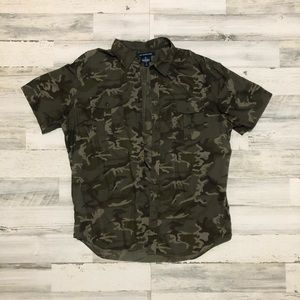 Men's Old Navy Camo Button Up